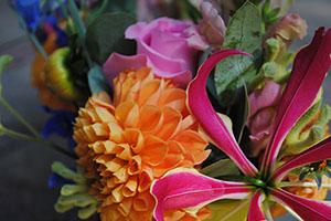 bloemen, uitvaart, ede